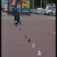 Skateboard Slalom