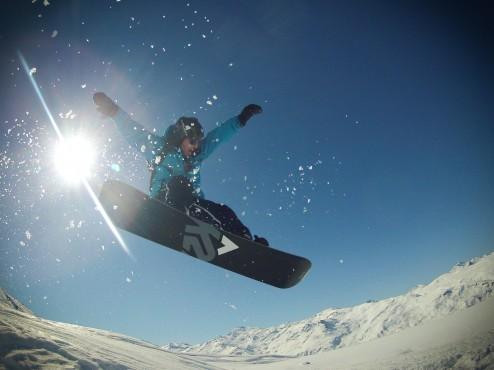 snow-jump-2-1.jpg